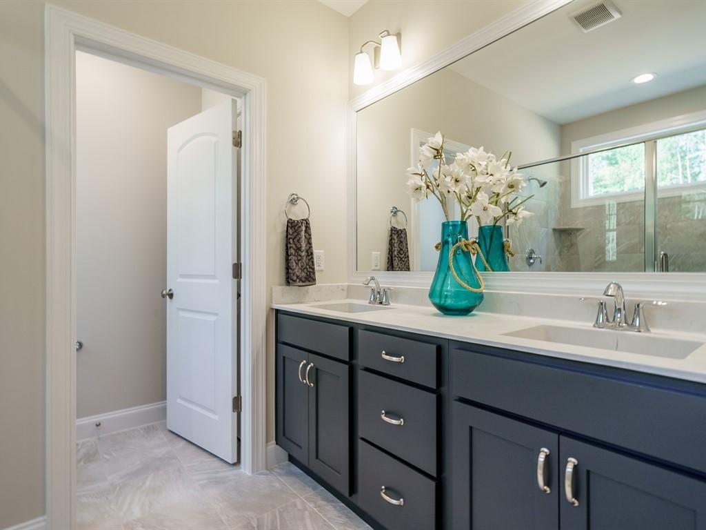 Custom Home Bathroom Ideas